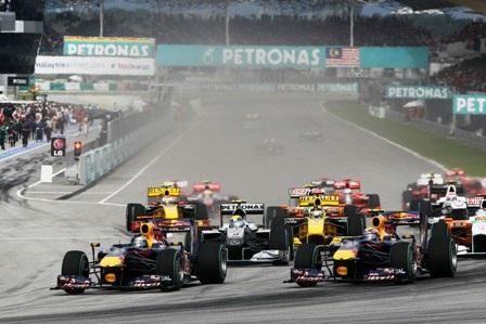 Du lịch Malaysia nhận ngay vé đua xe F1 - 1