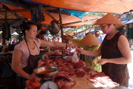 Với Thông tư 33, liệu người dân có được ăn thịt sạch, an toàn?