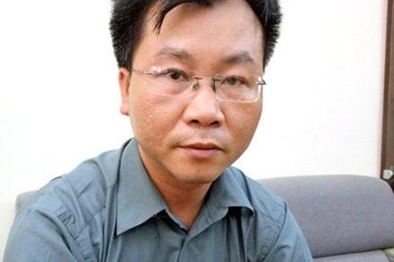 Chuyên gia kinh tế TS Vũ Đình Ánh cho rằng: giải quyết bất động sản tồn kho chỉ trong vòng 1 tháng.