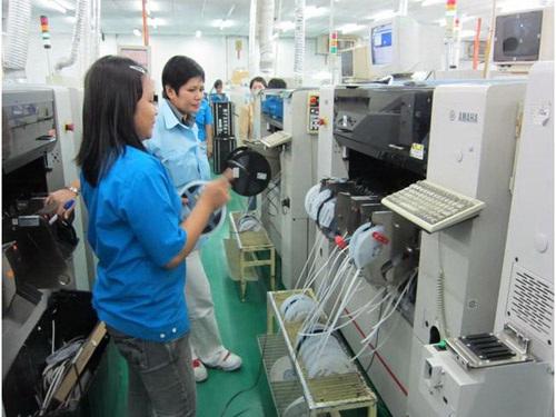 Lao động do Công ty Trường Giang tuyển chọn đang làm việc tại Malaysia