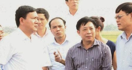 Bộ trưởng làm gương nhân viên đồng loạt đi máy bay giá rẻ.