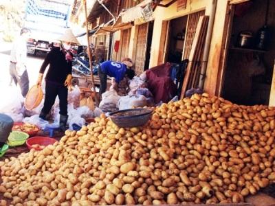 Khoai tây Trung Quốc tại Chợ Nông sản Đà Lạt.