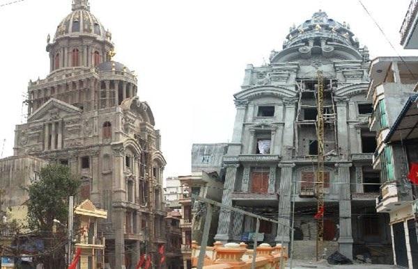 Tòa lâu đài của đại gia Cầu Giấy - Hà Nội.
