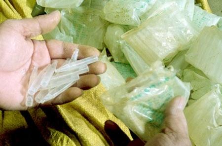 Số tuýt thuốc kích thích tăng trưởng thực vật có nguồn gốc từ Trung Quốc bị bắt giữ.