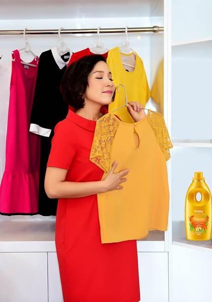 Mỹ linh rất mùi hương thay đổi trên quần áo sau mỗi lần chạm nhẹ