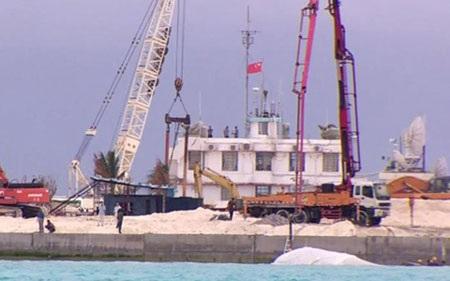 Trung Quốc xây dựng trái phép trên đảo Gạc Ma (ảnh: bbcimg.co.uk)