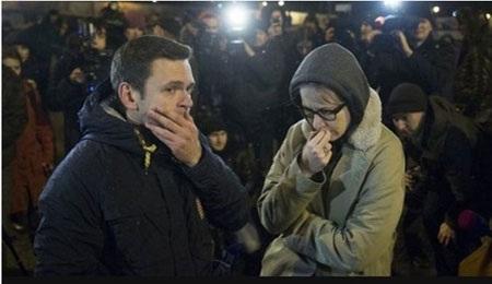 Dân chúng buồn bã, lo lắng khi nghe tin Boris Nemtsov bị ám sát