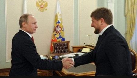 Tổng thống Nga và lãnh đạo Chechnya Ramzan Kadyrov