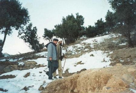 Osama bin Laden và Abdel Barri Atwan