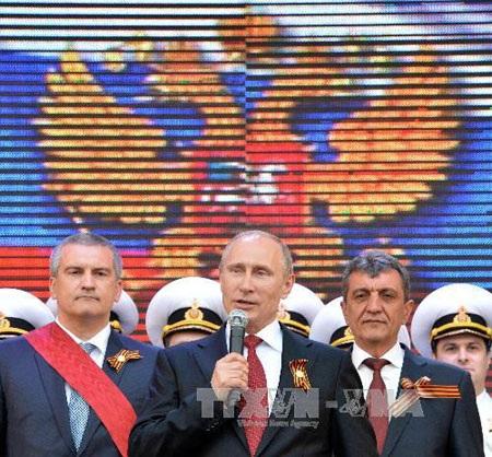 Tổng thống Putin phát biểu trong chuyến thăm bán đảo Crimea ngày 9/5/2014 (Ảnh: AFP-TTXVN)