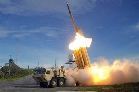 Hệ thống phòng thủ tên lửa tầm cao (THAAD) ở Hàn Quốc (Nguồn: stripes.com)