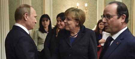 Nga và EU vẫn chưa tìm được tiếng nói chung trong cuộc khủng hoảng Ukraine (Ảnh: AP)