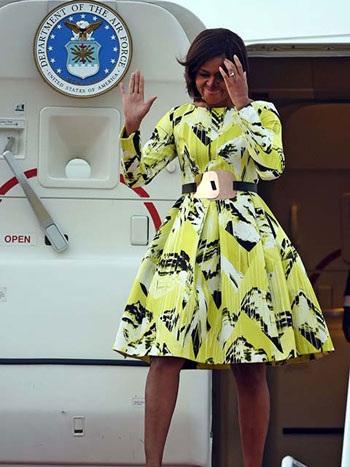 Chiếc váy được cho là mang ẩn ý về tình hữu nghĩ Mỹ-Nhật của Michelle Obama