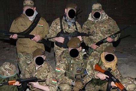 Hình ảnh nhóm cựu chiến binh với quân phục và súng bắn tỉa được đăng trên trang Facebook