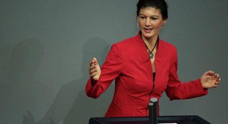 Nghị sĩ Quốc hội, Phó Chủ tịch đảng Cánh tả Đức Sahra Wagenknecht (Ảnh: AP)