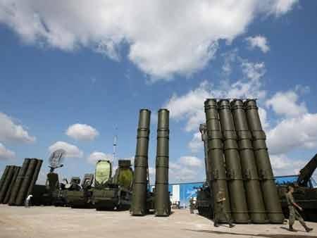 Hệ thống tên lửa S-400 (nguồn: EPA)