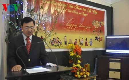 Đại sứ Đào Thành Chung phát biểu chúc mừng năm mới