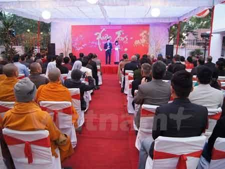 Quang cảnh buổi lễ Tết cộng đồng 2015 tại Ấn Độ. (Ảnh: Đăng Chính/Vietanm+)