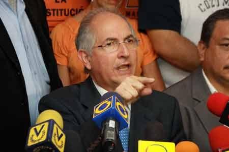 Thị trưởng Caracas Antonio Ledezma (Nguồn: latinorebels.com)