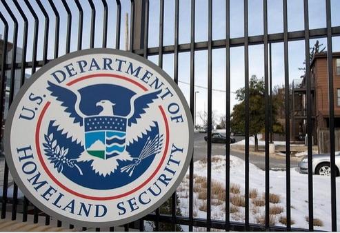 Bộ An ninh Nội địa của Mỹ tránh được nguy cơ đóng cửa