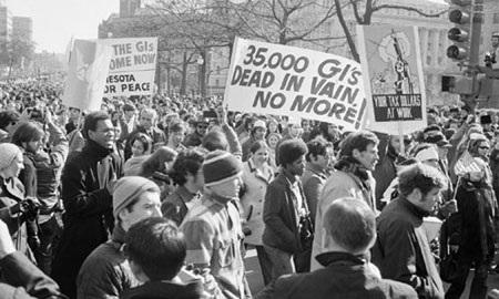 Biểu tình phản đối chiến tranh Việt Nam tại Washington DC tháng 11/1969. (Ảnh: