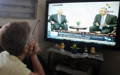 Người dân Cuba chăm chú theo dõi diễn biến cuộc gặp giữa hai lãnh đạo cấp cao