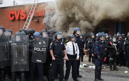 Cảnh sát chống bạo động của Mỹ. (Ảnh: