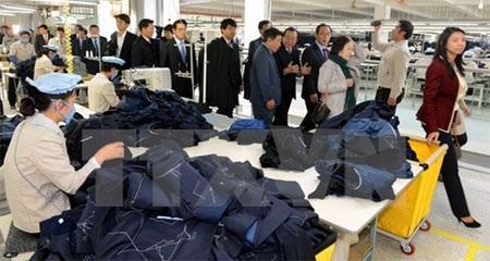 Công nhân làm việc tại khu công nghiệp chung Kaesong. (Nguồn: