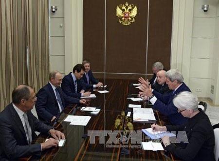 Ngoại trưởng Mỹ hội kiến Tổng thống Nga Putin ngày 12/5. (Ảnh: