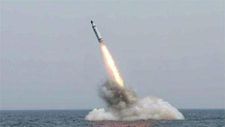 Triều Tiên đã bắn thử một loại tên lửa đạn đạo phóng từ tàu ngầm hôm 9-5. (Ảnh: