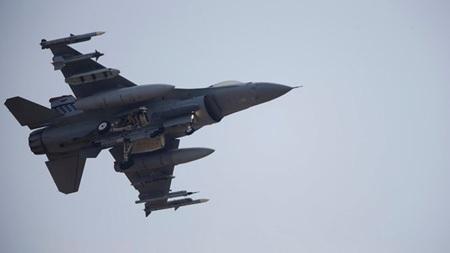 Một chiến đấu cơ F-16 của quân đội Mỹ.