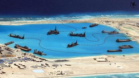 Những hình ảnh thực tế này sẽ giúp dư luận hiểu thêm về cách hành xử của Trung Quốc trên Biển Đông