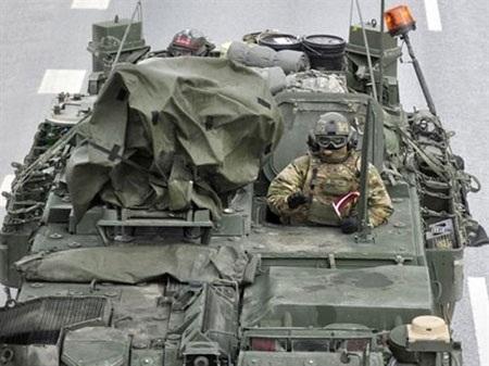 Xe bọc thép của quân đội Mỹ tham gia tập trận tại Latvia
