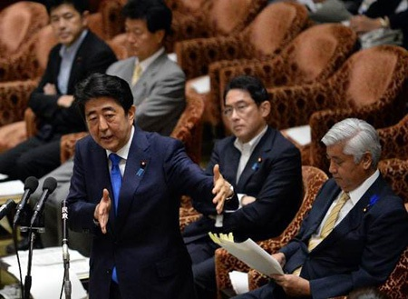 Thủ tướng Nhật Bản Shinzo Abe trong phiên thảo luận Dự luật an ninh tại Hạ viện.