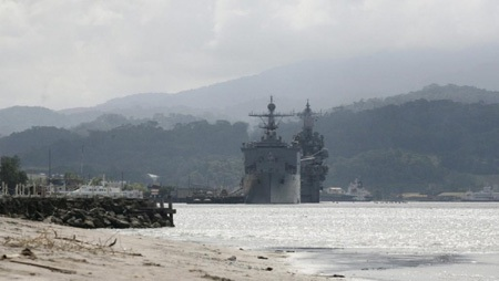 Một tàu chiến Mỹ ghé Vịnh Subic của Philippines tháng 10/2014