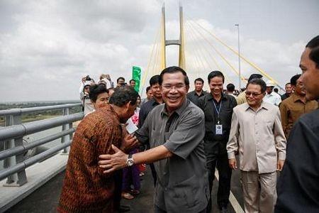 Thủ tướng Campuchia Hun Sen tại lễ khánh thành cầu Tsubasa
