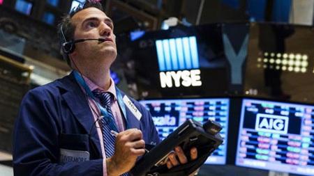 Thị trường chứng khoán Mỹ lao dốc mạnh trong phiên 8/7.