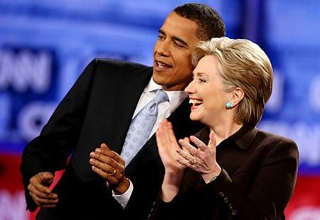 Bà có nhiều kinh nghiệm khi từng đảm nhiệm cương vị Ngoại trưởng Mỹ.