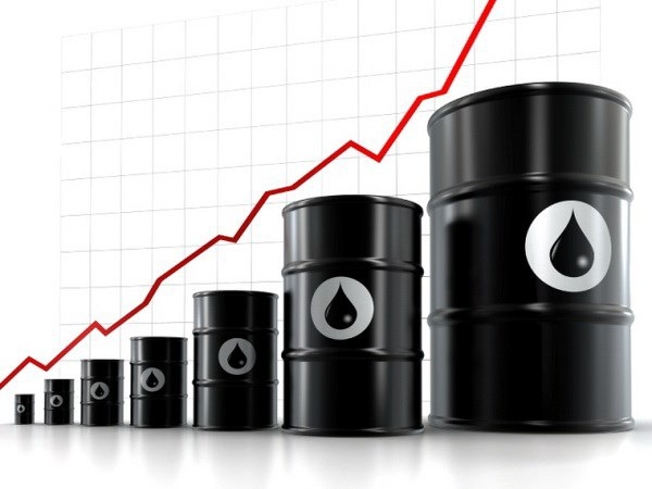 Giá dầu giảm thấp nhất trong 6 năm qua.
