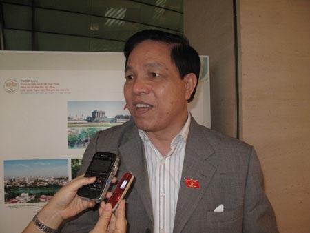 Ông Phan Văn Quý, Ủy viên Ủy ban Pháp luật của Quốc hội.