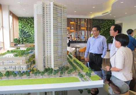 Khối đế cao 5 tầng được dùng làm khu vui chơi, mua sắm của một dự án bất động sản.
