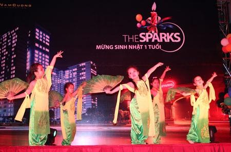 """Rất nhiều hoạt động văn hóa đa dạng được tổ chức """"Mừng sinh nhật 1 tuổi The Sparks"""""""