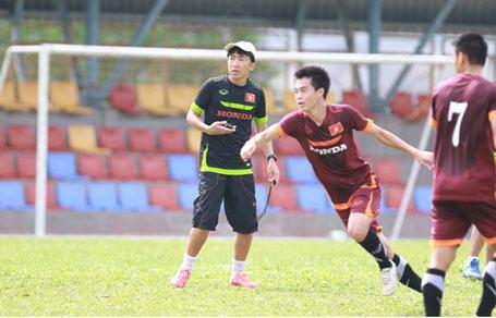 """Thầy trò HLV Miura đã sẵn sàng cho trận """"chung kết sớm"""" với Olympic Malaysia"""