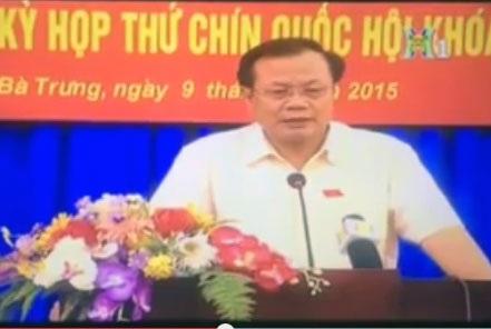 Bí thư Thành ủy Phạm Quang Nghị phát biểu chỉ đạo tại buổi tiếp xúc cử tri