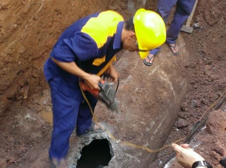 """Công ty Thoát nước """"chốt"""" nguyên nhân tắc cống nhà 146 Quán Thánh gửi Sở Xây dựng"""