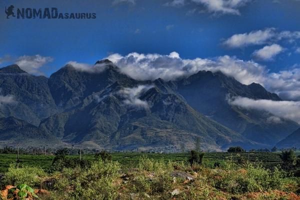 Những ngọn núi ở Việt Nam cũng vô cùng hùng vĩ.