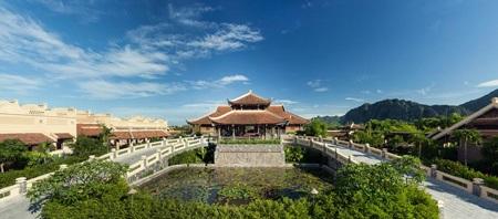 Sống chậm tại Emeralda Resort Ninh Bình giữa hối hả đời thường
