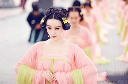 Nàng Bạch Tuyết của điện ảnh Trung Quốc còn là nhà sản xuất của bộ phim truyền hình này.