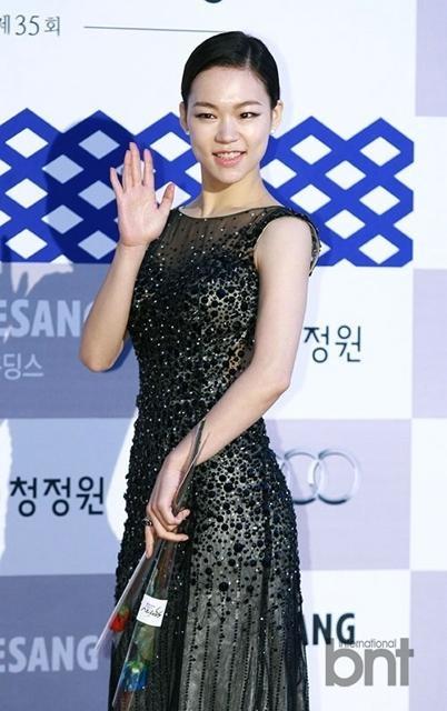 Nữ diễn viên Kim Hee Ae