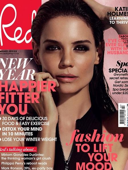 Katie Holmes trên bìa tạp chí Red, số tháng 2/2015.